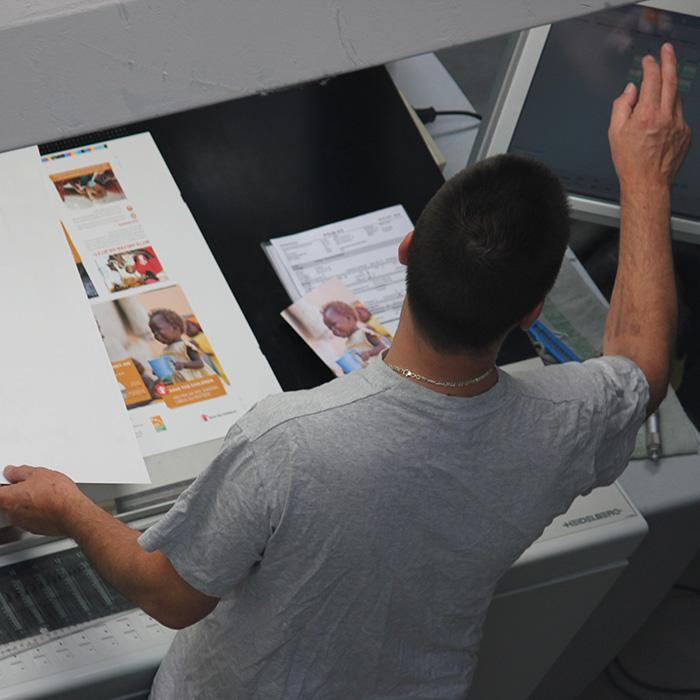 offsetdruck vierc print mediafabrik gmbh co kg berlin. Black Bedroom Furniture Sets. Home Design Ideas